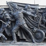 800px-Monument_to_the_Soviet_Army,_bas-relief_at_the_column_foot._3